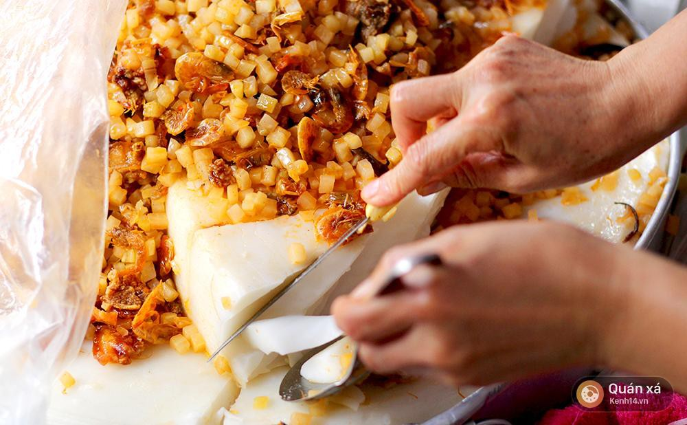 Giải mã thợ nhuộm khiến những món bánh miền Tây có màu xanh ngắt như thanh xuân của bạn - Ảnh 2.