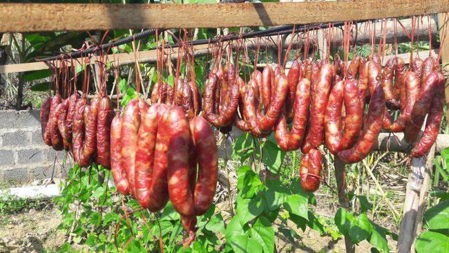 3 món thịt gác bếp ngon nổi tiếng của vùng cao, món thứ 3 là đặc sản tiền triệu được săn đón dịp Tết - Ảnh 1.