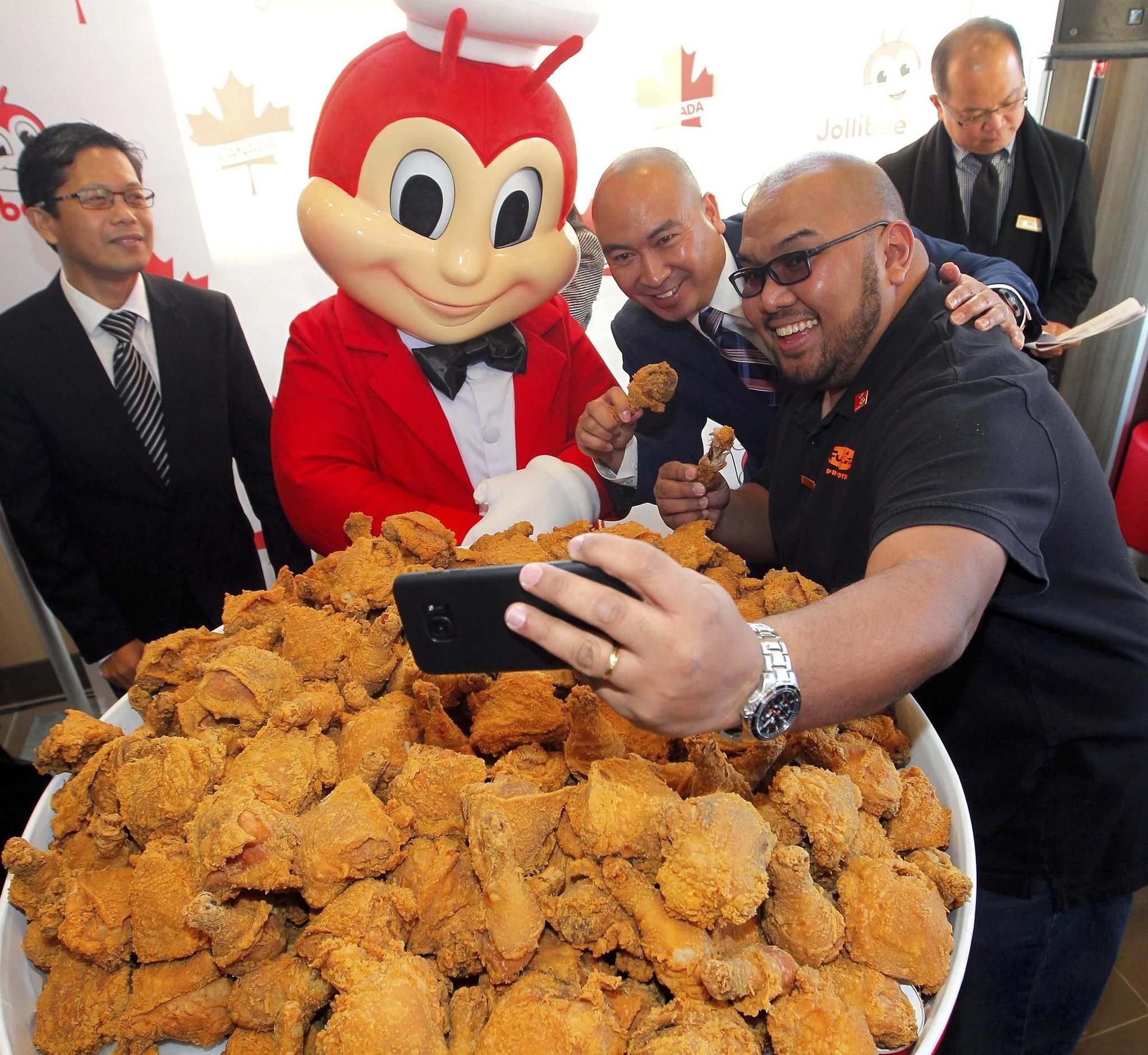 Câu chuyện về Jollibee - thủ phạm khiến đế chế McDonalds mất 40 năm vẫn không thể đứng số 1 tại Philippines - Ảnh 6.
