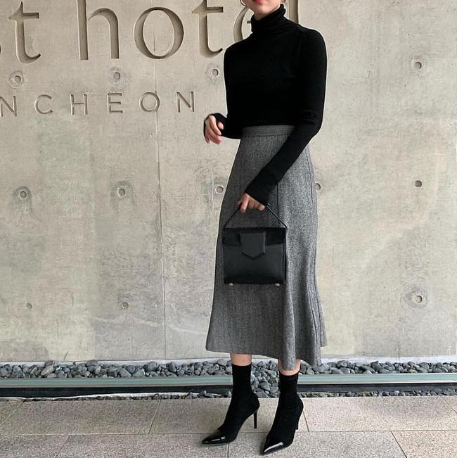 Trời lạnh mà cứ ngại diện chân váy, đấy là bạn chưa biết 12 công thức diện rất đẹp mà còn rất ấm này rồi! - Ảnh 3.