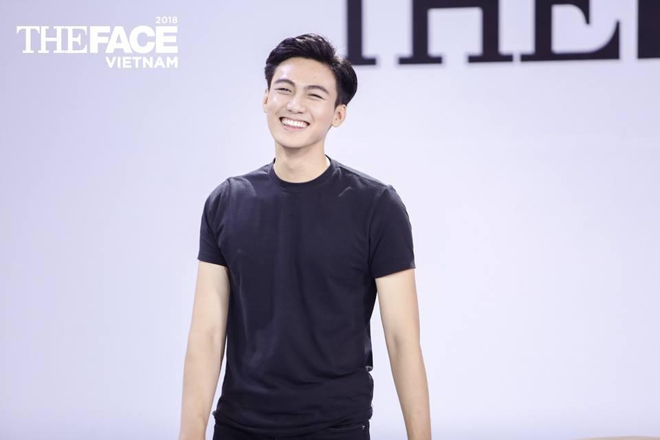 Khán giả hết hồn với khả năng tiếng Anh kinh dị của top 7 The Face Vietnam 2018 - Ảnh 3.