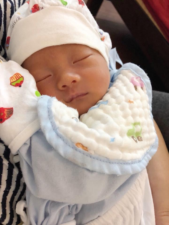 Hồng Mi - con gái nghệ sĩ Chiều Xuân tái xuất sau sinh 2 tháng, khoe nhan sắc lộng lẫy khiến ai nấy ngỡ ngàng - Ảnh 3.