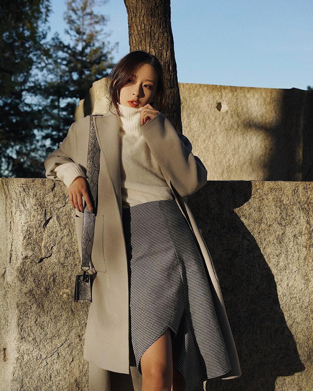 4 công thức mix&match với áo khoác dạ - item 'sống mãi với thời gian' mà mùa đông nào các nàng cũng đem ra diện 9