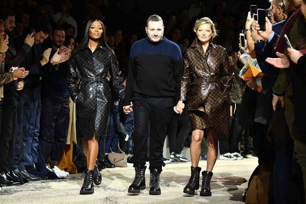 10 sự kiện thời trang đáng nhớ nhất 2018: từ thảm đỏ Quả Cầu Vàng nhuốm sắc đen đến show diễn nội y có cả người mẫu chuẩn bị chuyển dạ của Rihanna - Ảnh 2.