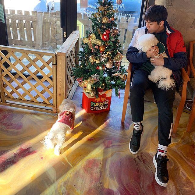 Sốc với bộ gen toàn visual nhà Jisoo (Black Pink): chị gái đẹp như Han Hyo Joo, anh trai giống Nam Joo Hyuk - Ảnh 9.