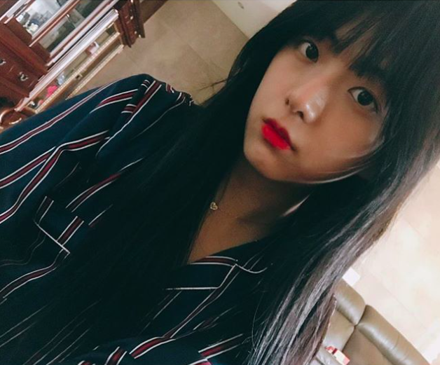 Sốc với bộ gen toàn visual nhà Jisoo (Black Pink): chị gái đẹp như Han Hyo Joo, anh trai giống Nam Joo Hyuk - Ảnh 3.