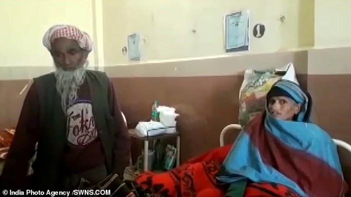 Phép màu y học: Vợ 65 tuổi sinh con với chồng 80 tuổi