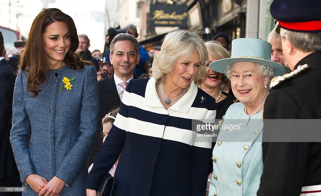 trang phục công nương Kate 12