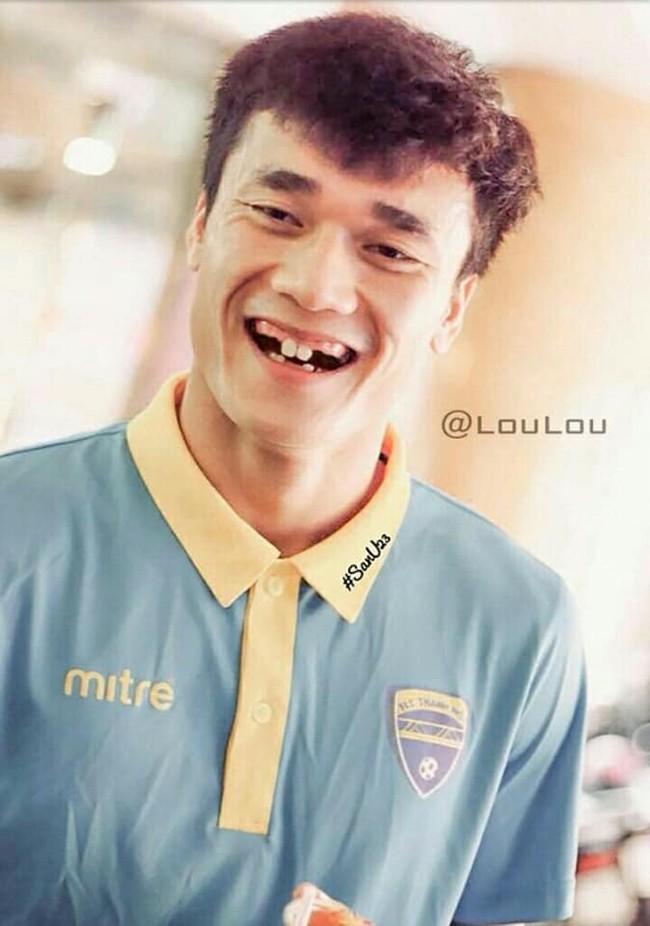 Ảnh chế răng móm của các tuyển thủ Việt Nam khiến người hâm mộ bật cười vì hài hước - Ảnh 11.