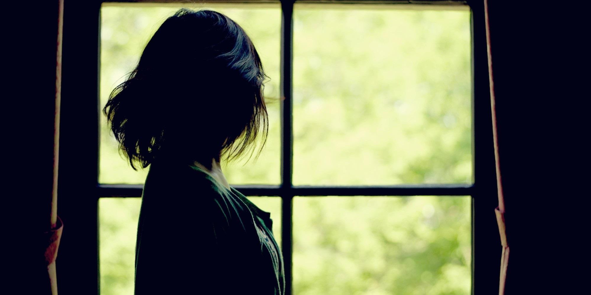 Đàn bà lấy chồng cứ tưởng bão dừng sau cánh cửa nào ngờ sóng ngầm lại đến từ bên trong - Ảnh 4