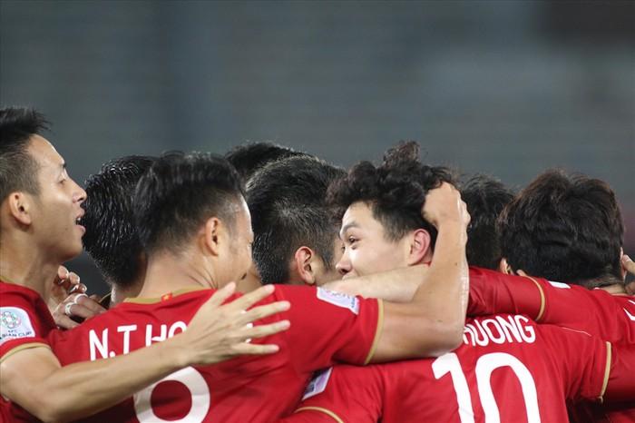 18h00 chiều nay, Việt Nam vs Iran: Ông Park đá không thua