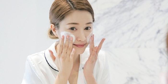 Cứ tiếp tục mắc 5 sai lầm này, làn da của bạn sẽ lão hóa nhanh tới khô