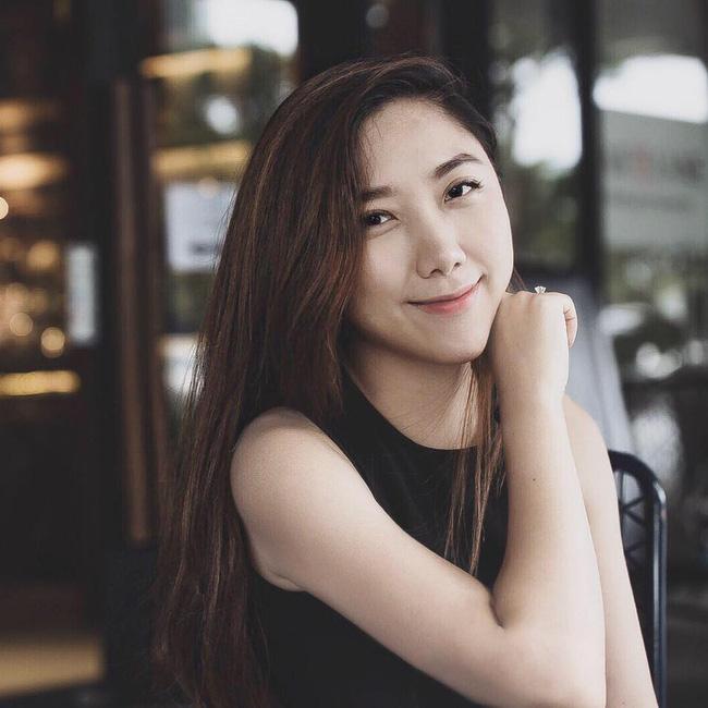 1 năm ngày sau ngày cưới chồng ngoại quốc, em gái Trấn Thành vẫn tận hưởng cảnh vợ chồng son viên mãn - Ảnh 6.