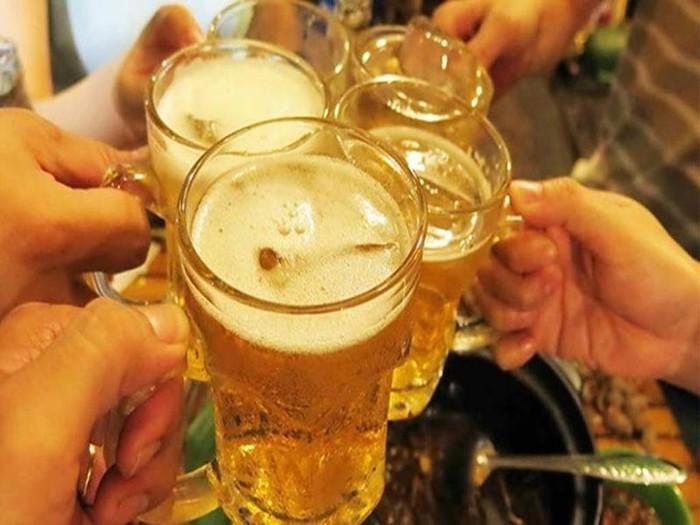 Rượu, bia ngày Tết: Ngưỡng nào cho sự an toàn?