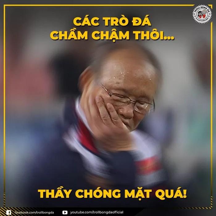 Cảm xúc vỡ hòa, cộng đồng mạng tung ảnh tri ân thầy trò huấn luyện viên Park Hang Seo