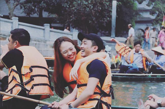 Đàm Thu Trang - mĩ nhân showbiz duy nhất được đích thân nữ đại gia Như Loan mang sính lễ tới rước về làm dâu - Ảnh 3.