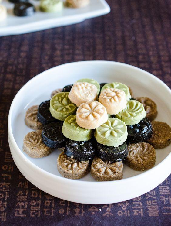 Có một điều phải thừa nhận là các món bánh châu Á truyền thống đều rất cầu kì và tinh tế - Ảnh 6.