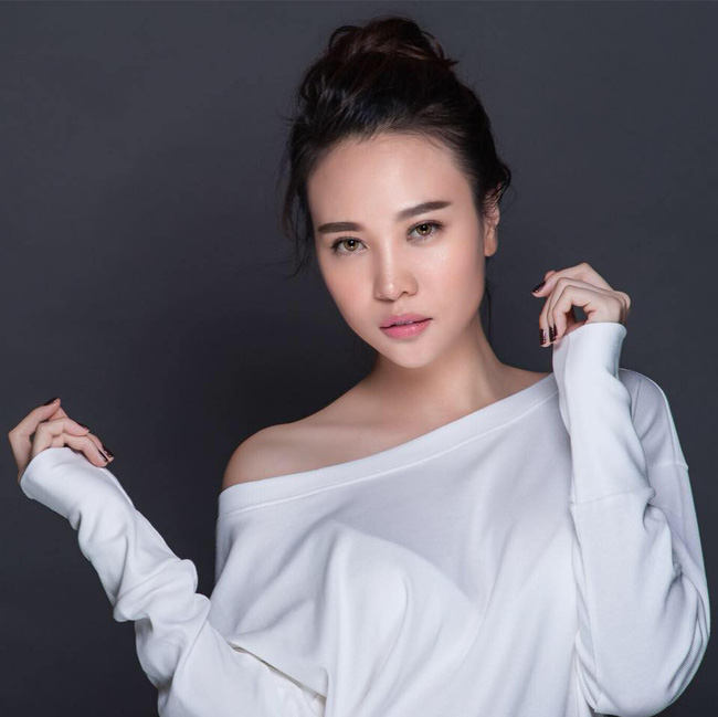 Đàm Thu Trang - mĩ nhân showbiz duy nhất được đích thân nữ đại gia Như Loan mang sính lễ tới rước về làm dâu - Ảnh 2.