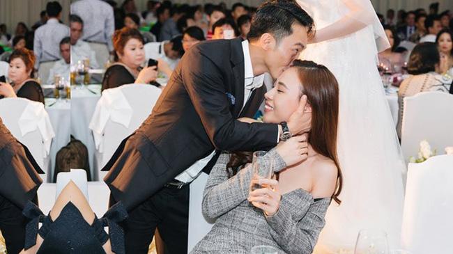 Đàm Thu Trang - mĩ nhân showbiz duy nhất được đích thân nữ đại gia Như Loan mang sính lễ tới rước về làm dâu - Ảnh 1.