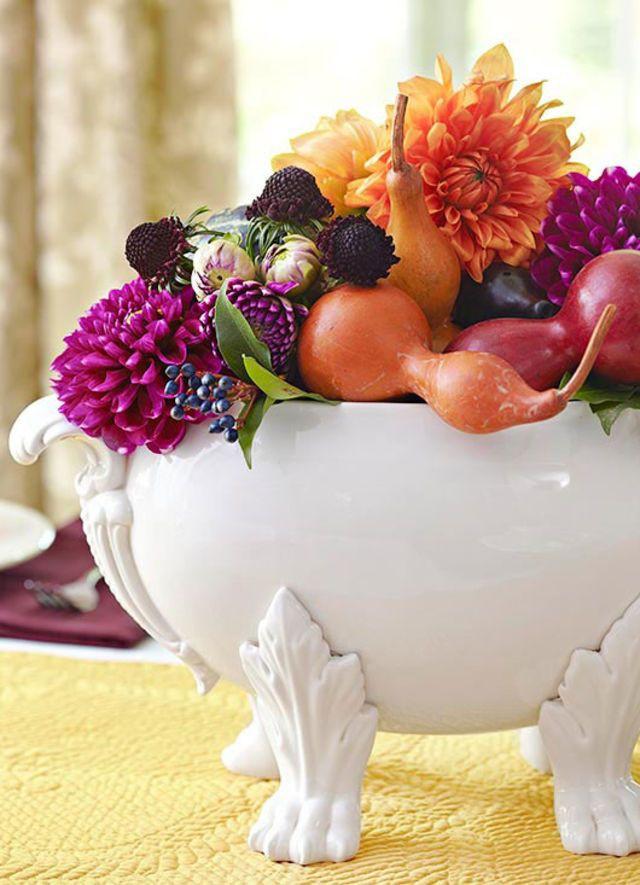 25 ý tưởng trang trí bàn ăn siêu xinh để đón Tết từ những vật dụng có sẵn xung quanh - Ảnh 24.
