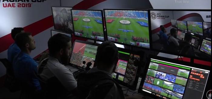 Công nghệ VAR ra mắt châu Á trong trận đấu quả cảm của Việt Nam