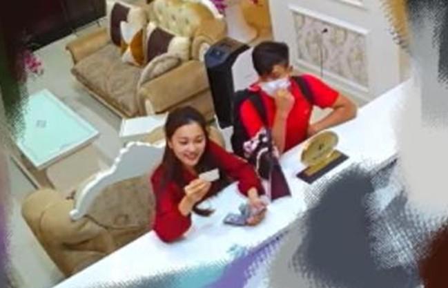 Phan Văn Đức hỏi cưới Chi Pu dù đã có bạn gái xinh đẹp là top 10 Hoa hậu Hoàn vũ, và sự thật là gì? - Ảnh 4.
