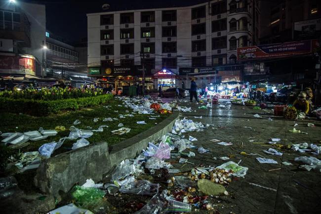 Sau Tết, đặc sản của Đà Lạt chính là rác, còn gì độc ác hơn hành vi thiếu ý thức của khách du lịch? - Ảnh 1.