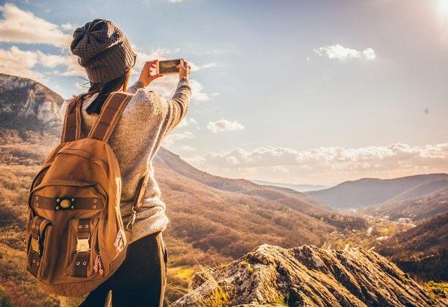 Hãy luôn chăm sóc bản thân mình, trải nghiệm cuộc sống nhiều hơn, có khi cơ hội sẽ tự xuất hiện mà không cần tìm kiếm xa xôi. Ảnh minh hoạ.