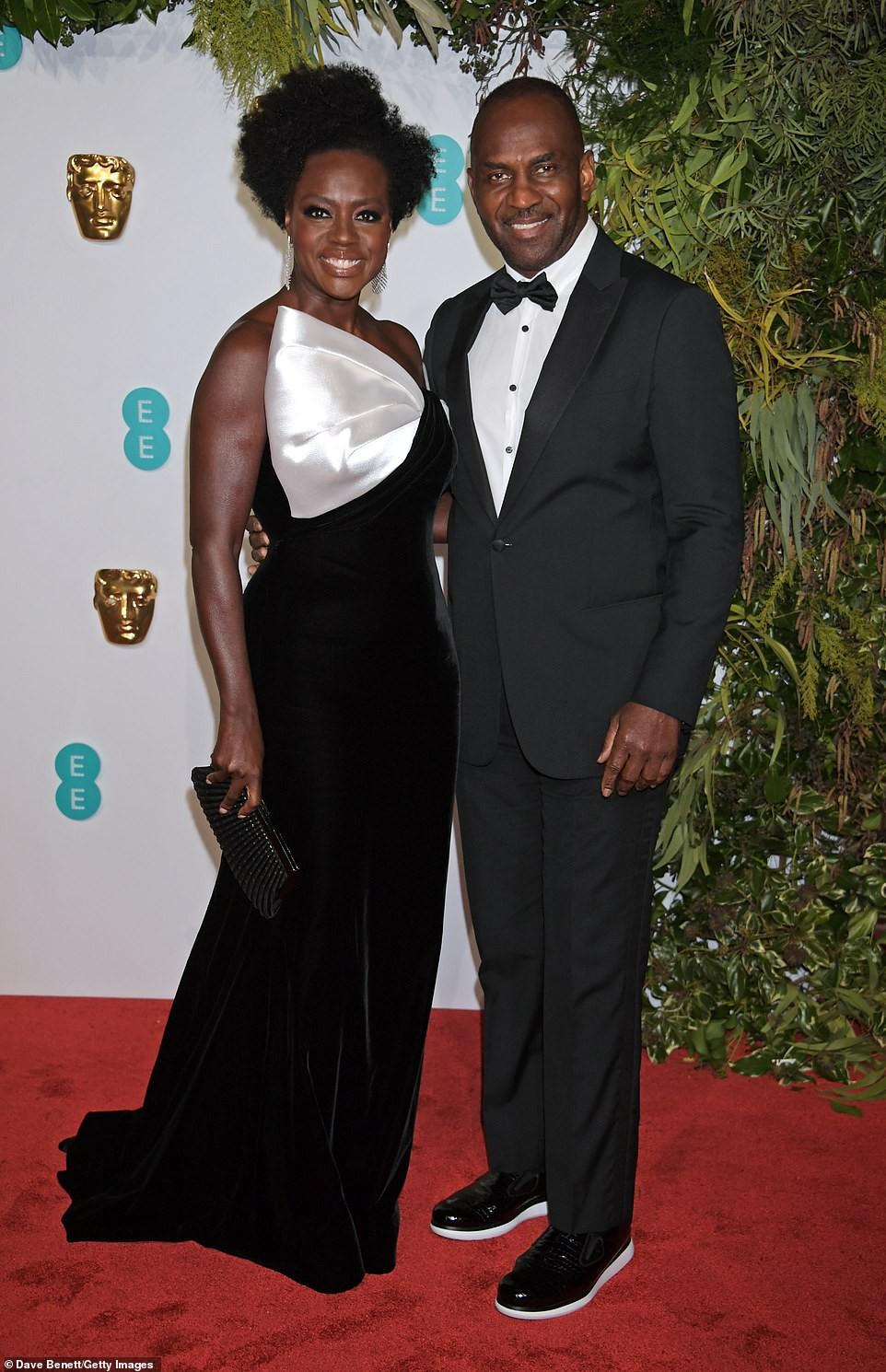 Thảm đỏ Oscar Anh Quốc: Công nương Kate và dàn sao Hollywood khoe nhan sắc tuyệt trần, thật khó chọn ai đẹp nhất! - Ảnh 21.