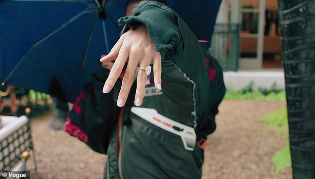 Vợ Justin Bieber lần đầu bật mí về câu chuyện được cầu hôn bất ngờ chỉ sau 1 tháng tái hợp - Ảnh 2.