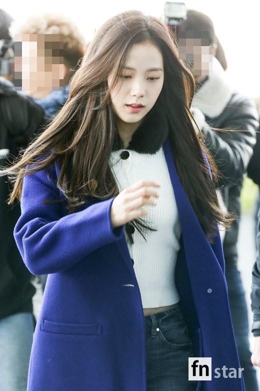 Dàn sao Hàn đình đám đổ bộ sân bay ngày Valentine: Black Pink đọ sắc Park Min Young, Park Bo Gum quá bảnh - Ảnh 14.