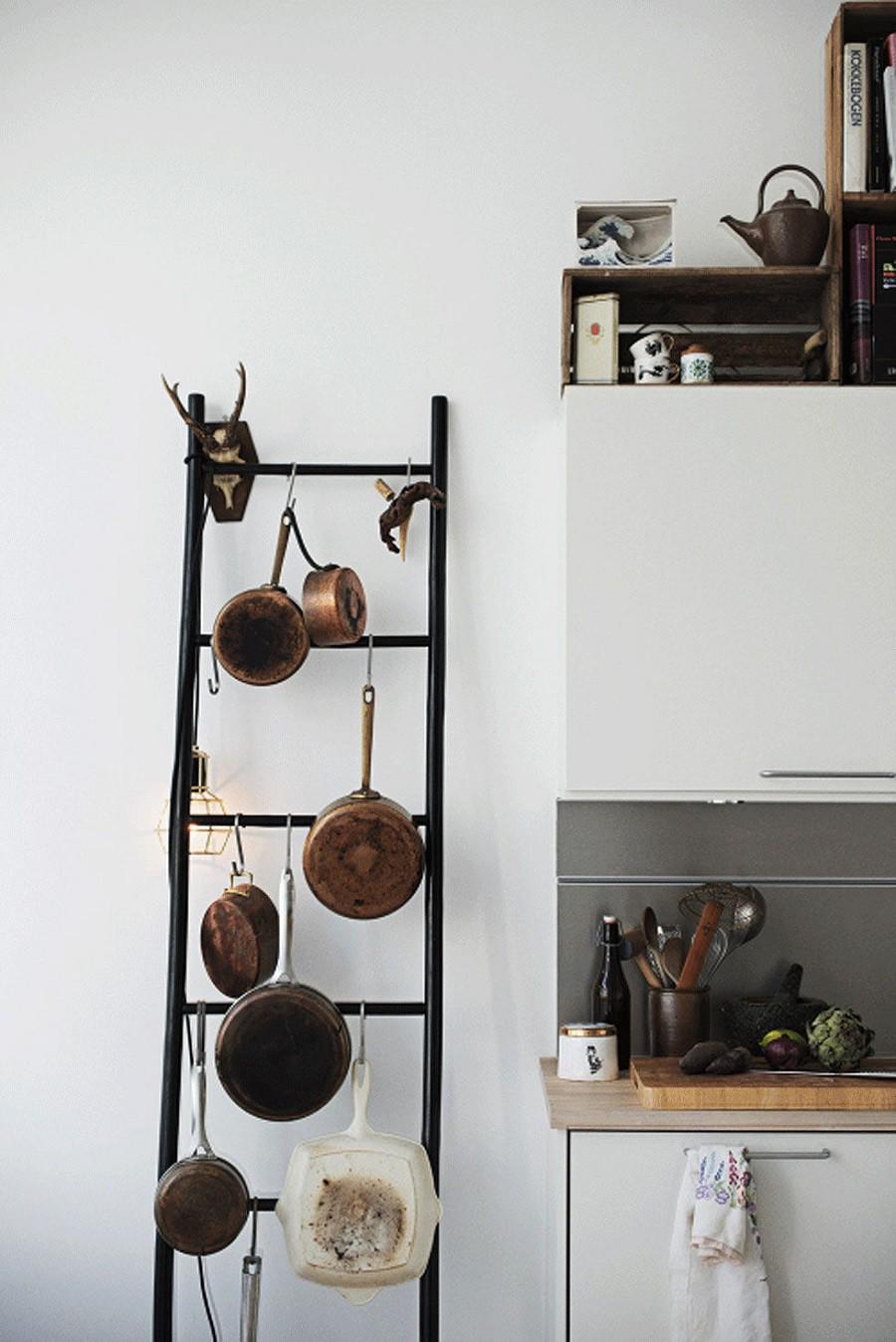 Muốn tủ bếp lúc nào cũng gọn gàng, ngăn nắp hãy tham khảo ngay những thiết kế lưu trữ đồ dùng làm bếp này - Ảnh 6.