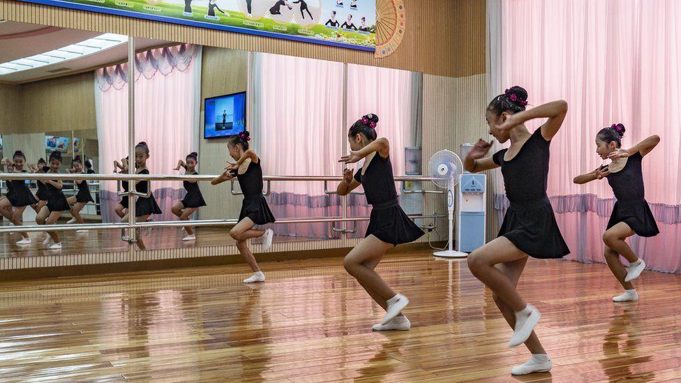 Những khoảnh khắc bình dị ở Triều Tiên được khắc hoạ sinh động qua ống kính của nhiếp ảnh gia nước ngoài - Ảnh 7.