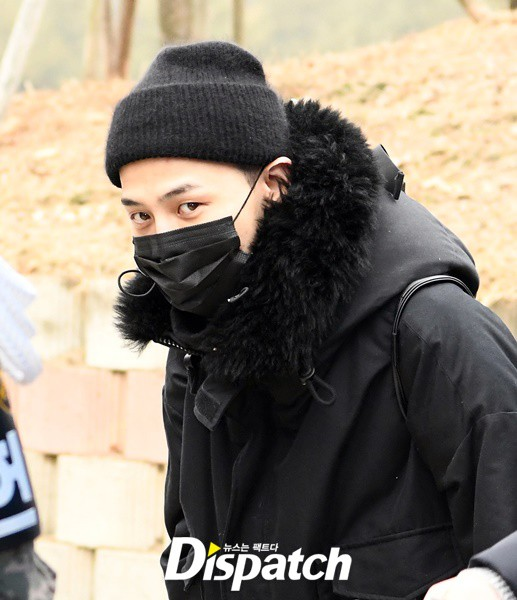 Hết Seungri dính cáo buộc môi giới mại dâm, lại đến G-Dragon bị Dispatch bóc phốt - Ảnh 1.