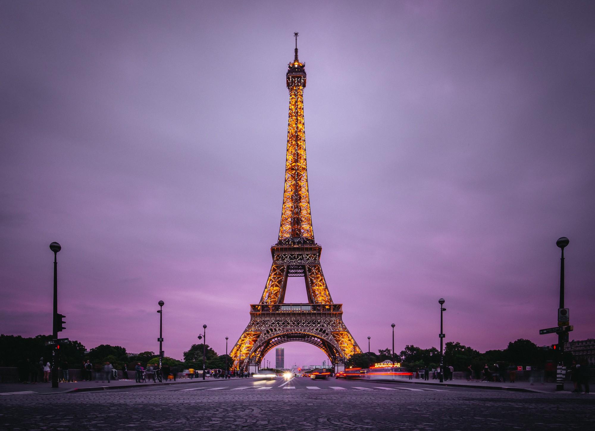 Chụp hình tháp Eiffel vào buổi tối có thể khiến bạn... bị kiện ra toà, và đây là lí do! - Ảnh 4.