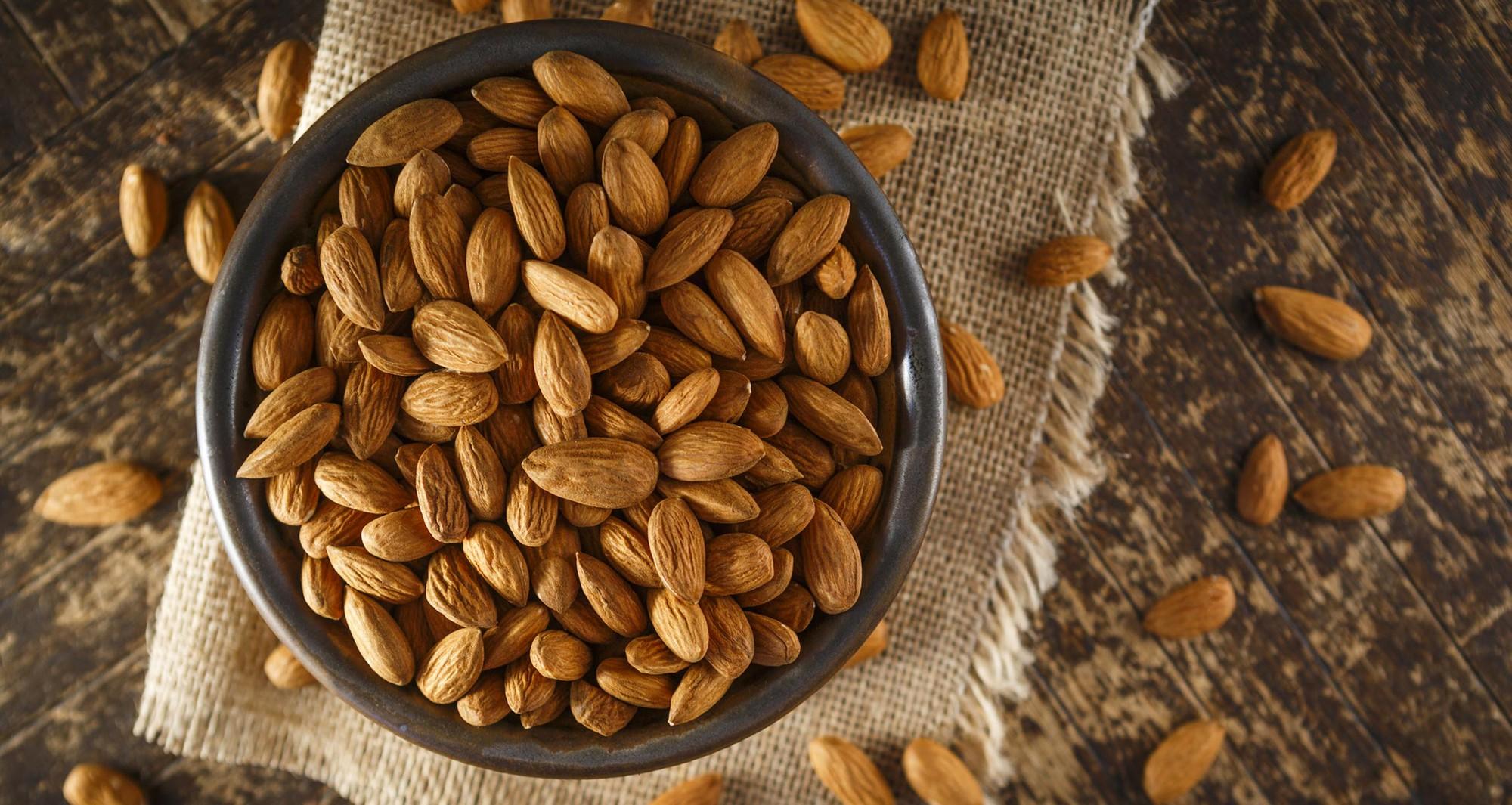 Duy trì một chế độ ăn kiêng khắt khe, rất có thể bạn đang thiếu hụt các chất dinh dưỡng sau - Ảnh 1.
