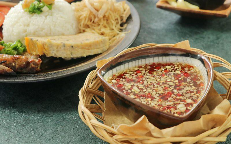 Điểm qua một loạt những món nước chấm phổ biến của người Việt mới thấy cả một bầu trời nghệ thuật - Ảnh 5.