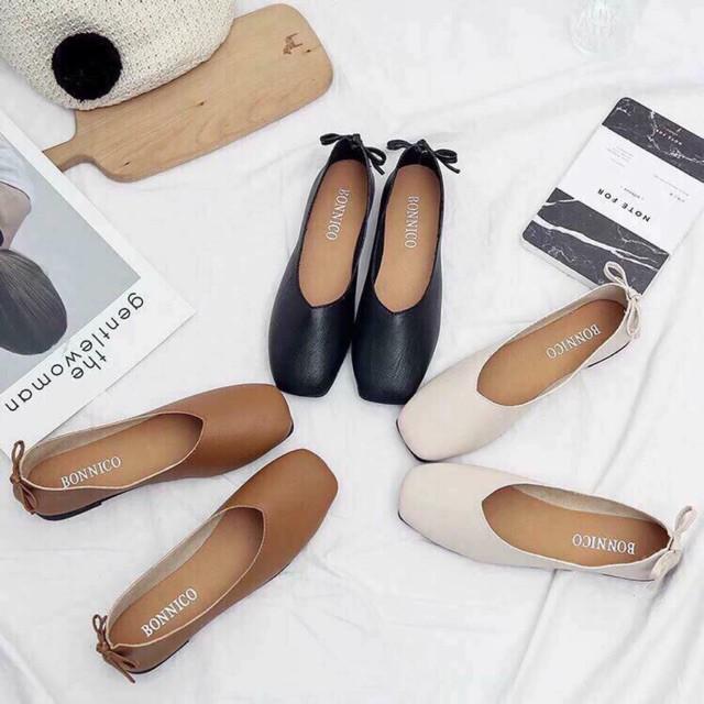 Đã đến lúc những đôi boots thời thượng nhường chỗ cho 4 mẫu giày công sở cách điệu xinh xắn này - Ảnh 8.