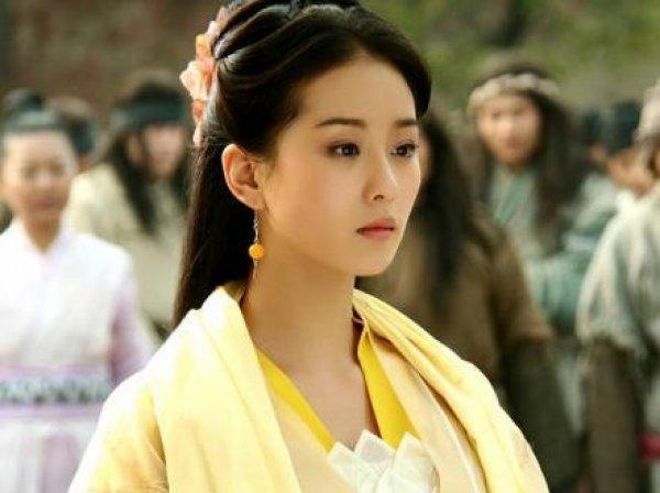 Lưu Thi Thi tham gia nhiều dự án phim nhưng không để lại ấn tượng mạnh.