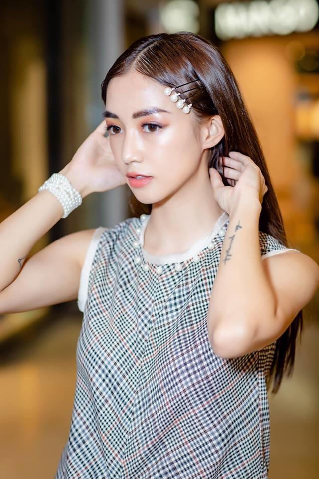 Học loạt sao Việt cách diện kẹp tóc ngọc trai