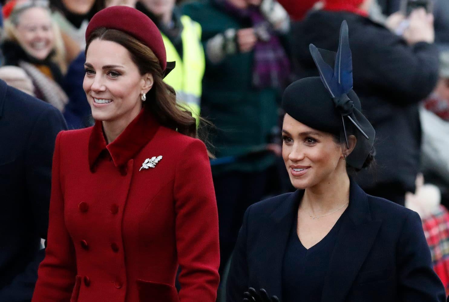 Hóa ra Công nương Meghan tự làm stylist cho chính mình nhưng bất ngờ nhất chính là hành động này của cô với chị dâu Kate - Ảnh 3.