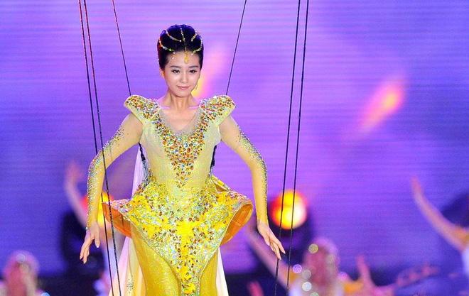 Lưu Thi Thi trở thành Nữ thần Kim Ưng.