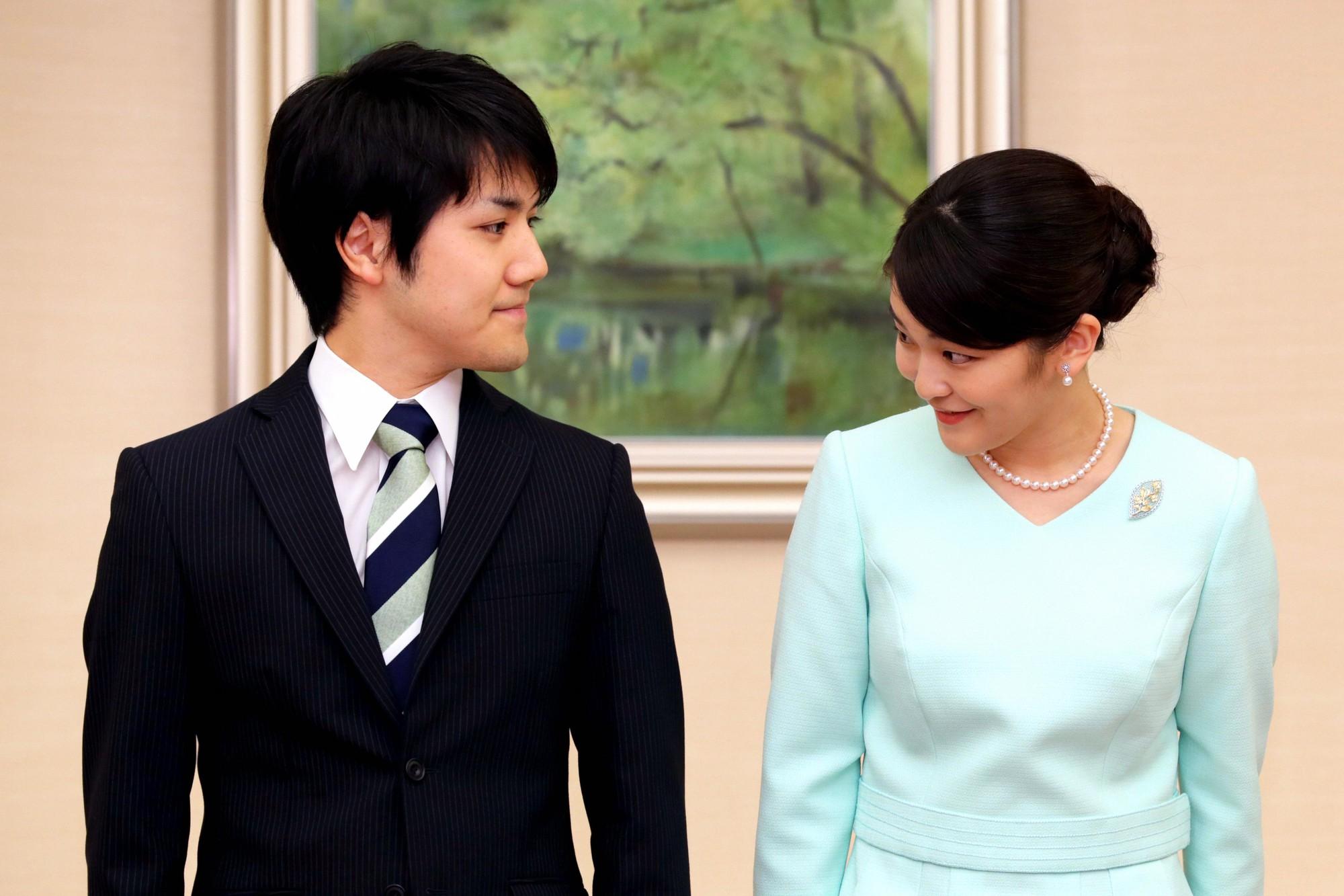 Mako nàng công chúa Nhật Bản: Rời hoàng tộc vì tình yêu, chấp nhận chờ hoàng tử trả nợ xong mới cưới - Ảnh 5.