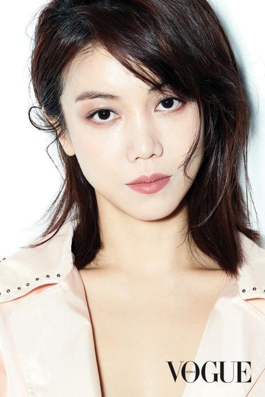 Dung nhan cô gái được cho là đang chung sống với Song Joong Ki: Từng đóng phim tại Việt Nam, nổi tiếng với vai ngoại tình trong phim 18+ - Ảnh 6.