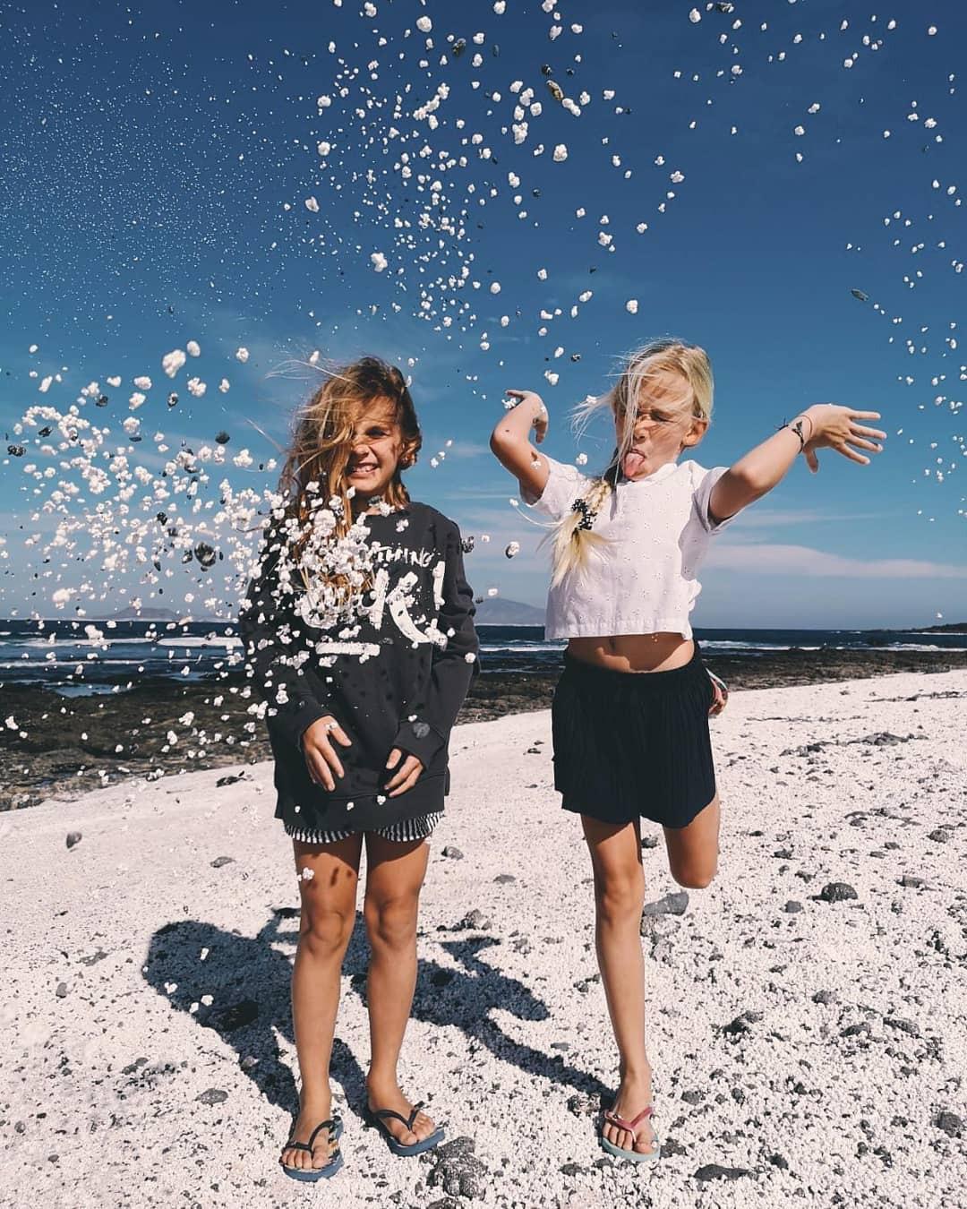 Bãi biển bỏng ngô ở Tây Ban Nha khiến nhiều người thốt lên: Trên đời này đúng là cái gì cũng có! - Ảnh 3.
