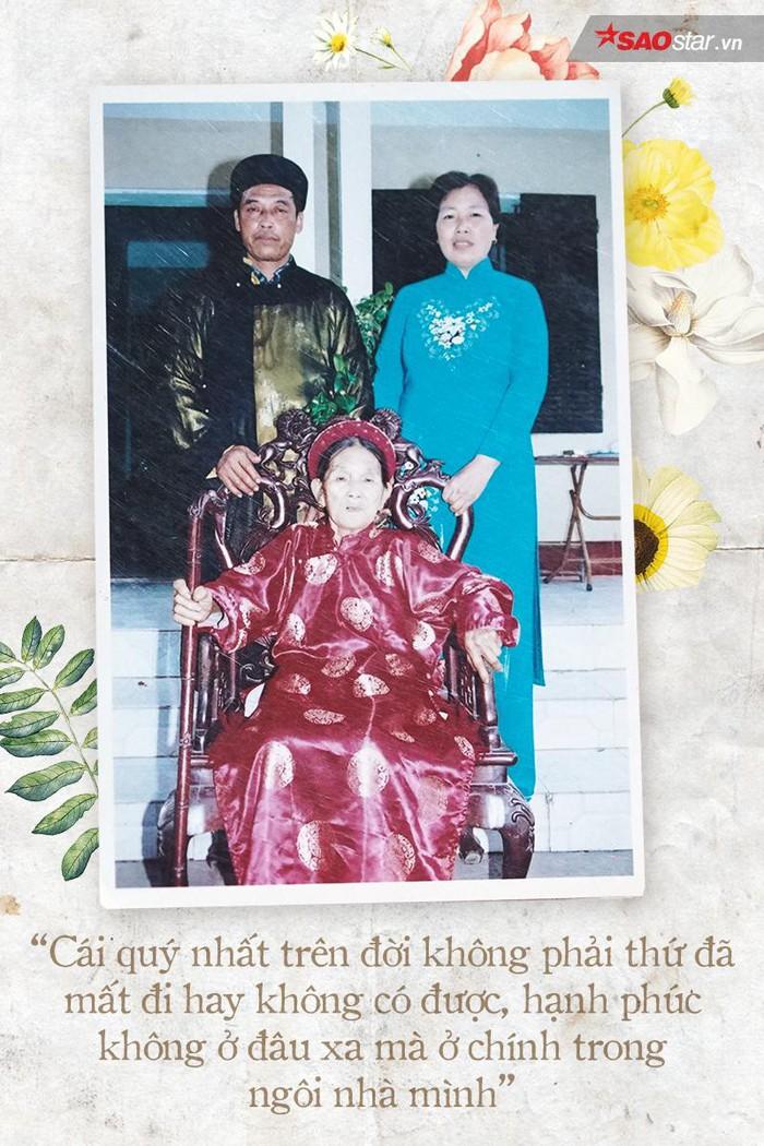 Cả một đời yêu xa nhưng chiêm nghiệm về tình yêu của cặp đôi U70 này chính là hành trang quý trên con đường đi tìm hạnh phúc