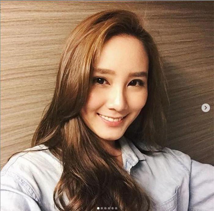 Nữ nghệ sĩ trẻ qua đời vì xe hơi đâm vào gốc cây