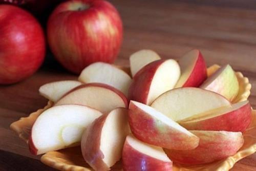 6 món đồ ăn vặt không gây béo nên có trong ngăn kéo của dân văn phòng