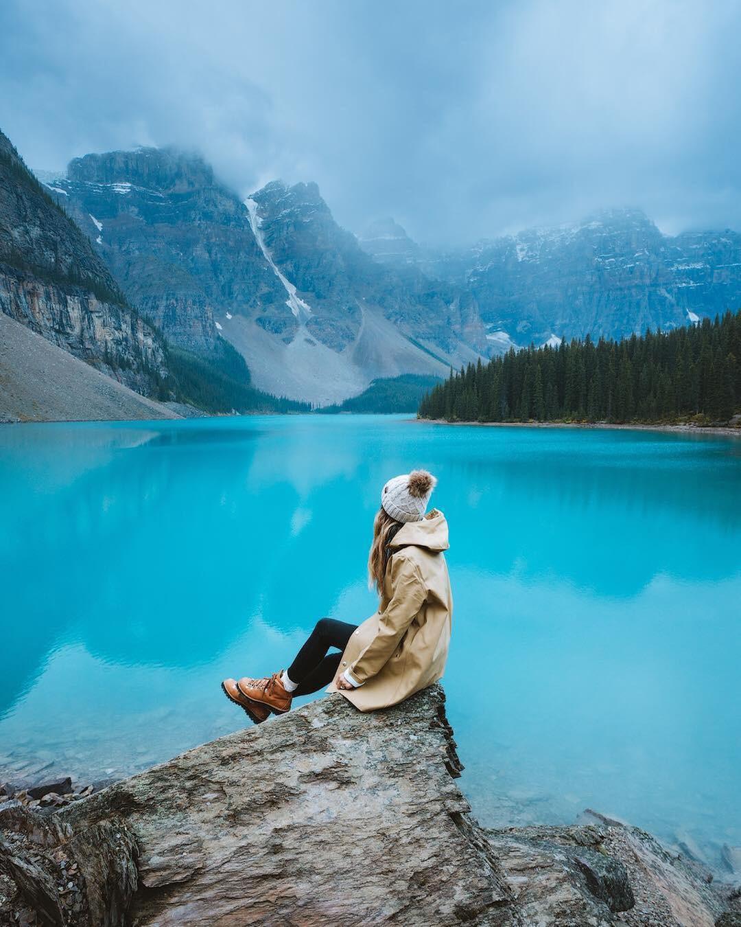 Có gì hay ở hồ nước màu xanh ngọc bích được mệnh danh là thiên đường trần gian ở Canada? - Ảnh 14.