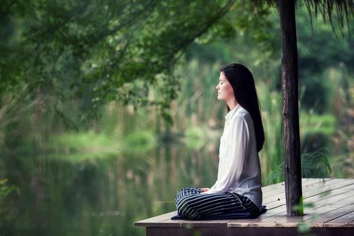 Mách bạn cách giảm căng thẳng hiệu quả với những 'chiêu' cực đơn giản